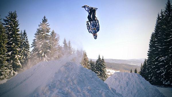 Adrenalin ve snowparku na Špičáku.