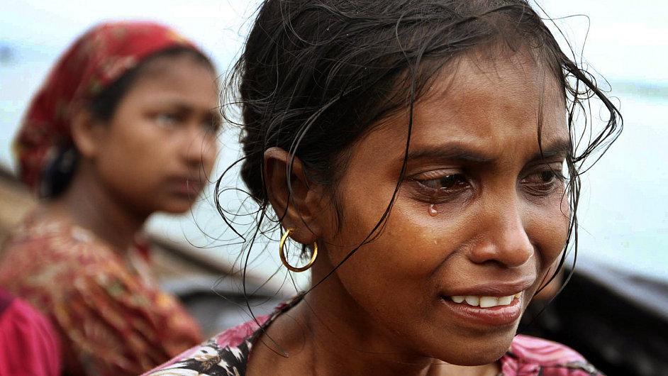 Barmské dívky - ilustrační foto