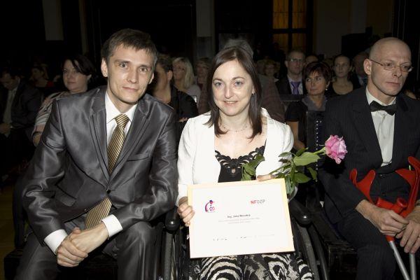 Jana Novotná, vítězka soutěže Zdravotně postižený Zaměstnanec roku 2012 v kategorii Běžný trh práce.