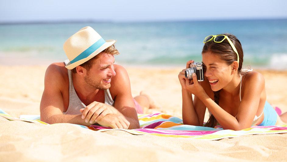 Dražší dovolené stojí za růstem inflace. Meziměsíčně jejich ceny vzrostly o 12,6 procenta.
