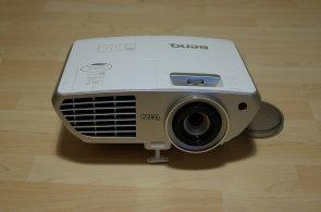 BenQ W1300: Nečekaně povedený domácí projektor vykouzlí sedmimetrový obraz za měsíční plat