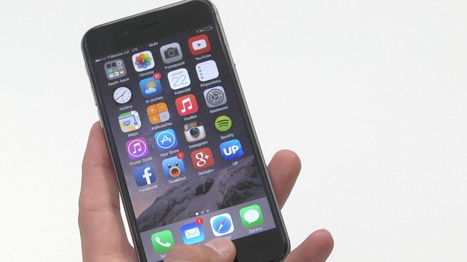Podívali jsme se na iPhone 6 s jedním z prvních českých majitelů.