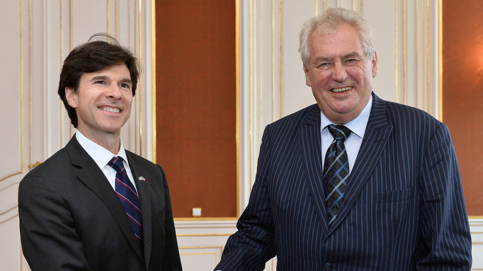Nový velvyslanec Andrew Schapiro na Pražském hradě