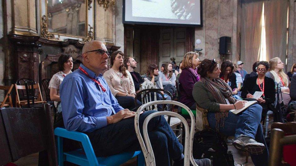 Snímek z jedné z debat loňského Pražského Quadriennale
