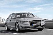 Audi A8 p�sob� sice majest�tn�, po �esti letech na silnici u� ale tvary nep�ekvap�.