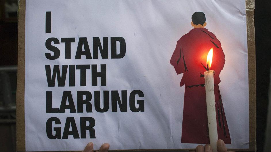 Čínané likvidují obrovské buddhistické centrum v Tibetu a nikomu to nevadí. Další velmi neviditelná genocida...