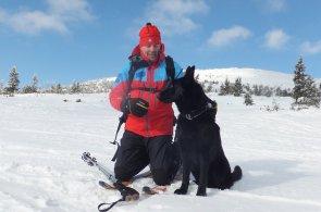 Záchranář si musí se psem rozumět i ve stresu, říká psovod horské služby Pavel Smejkal