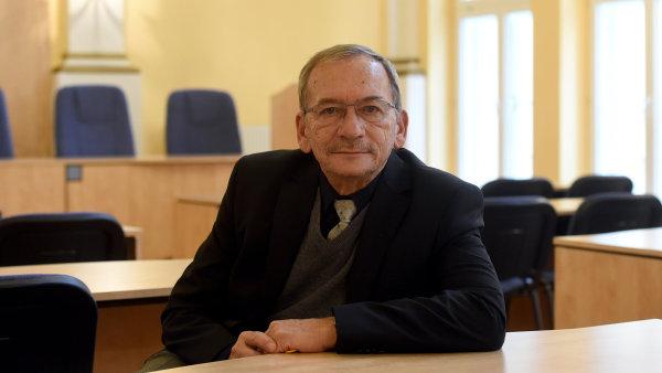 Možný kandidát na prezidenta - senátor Jaroslav Kubera.