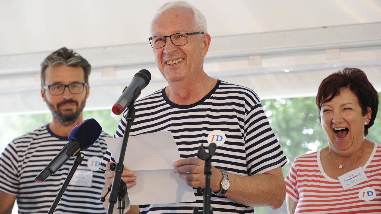 Bývalý šéf Akademie věd a kandidát na prezidenta Jiří Drahoš.