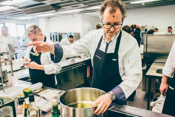 Michelinský kuchař z Wolfsburgu Sven Elverfeld