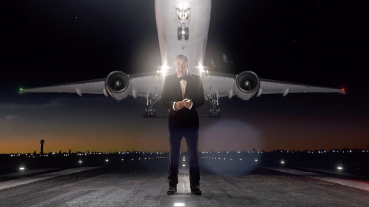 Jeremy Clarkson představuje novou první třídu Emirates