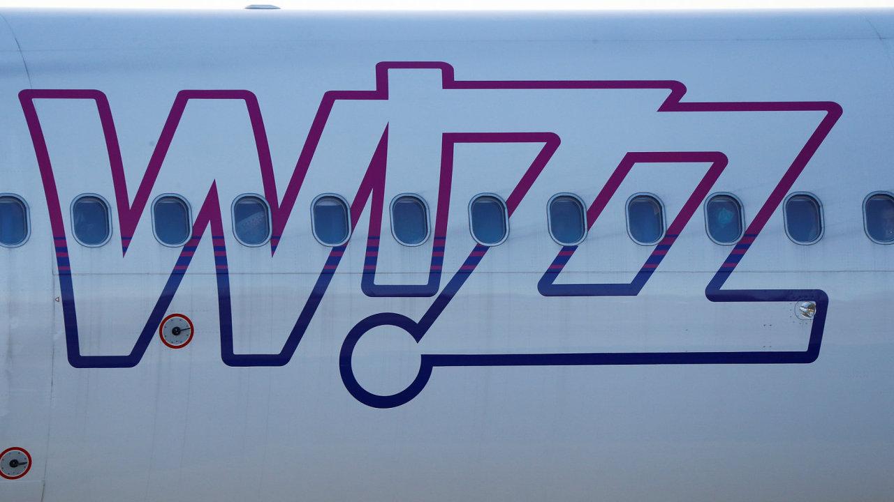 Wizz Air ruší svou základnu v Praze a udržovat bude pouze tři dopravní linky, důvodem je nízká poptávka.