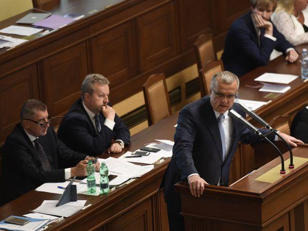 Miroslav Kalousek v Poslanecké sněmovně.