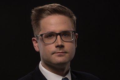 Filip Drnec, ředitel advokátní kanceláře Císař, Češka, Smutný