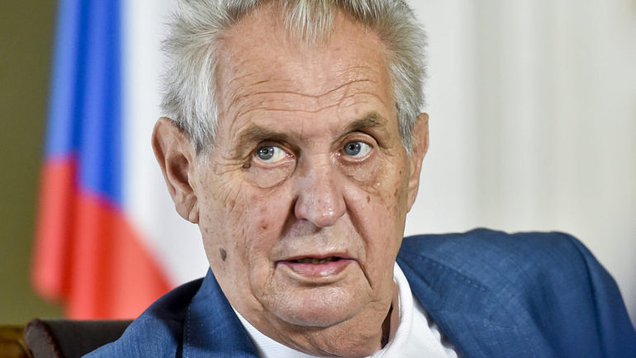 Zeman předpokládá, že o věci bude mluvit s premiérem Andrejem Babišem (ANO) na schůzce v příštím týdnu.