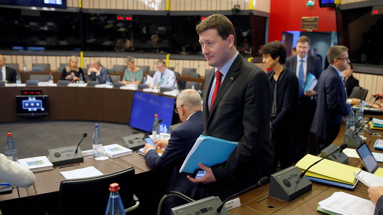 Martin Selmayr je nejenom právníkem, od března 2018 je především generálním tajemníkem Evropské komise.