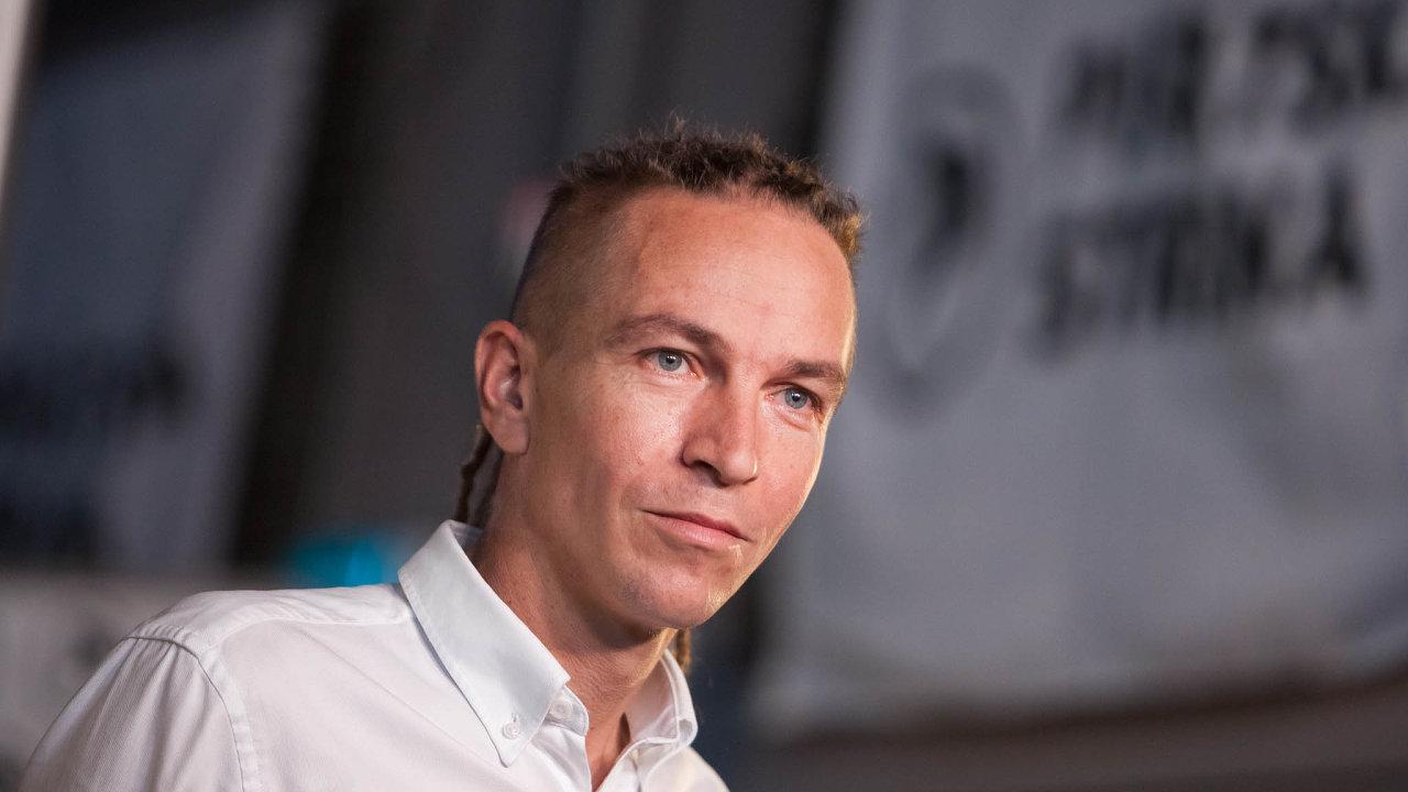 Předseda pirátské strany Ivan Bartoš.