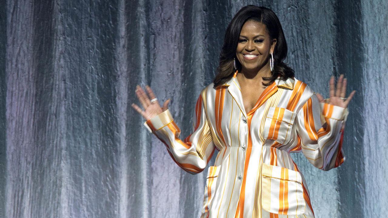 Michelle Obamová při pařížské prezentaci své autobiografie Becoming