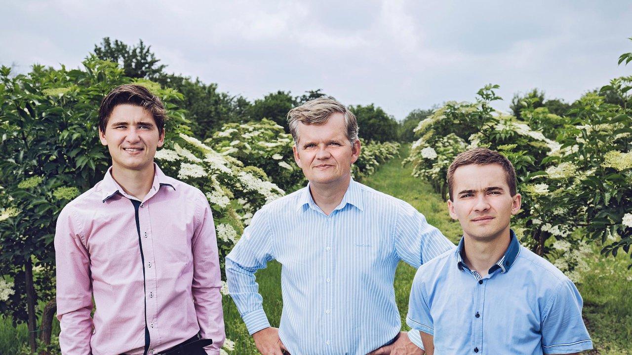 Radek Bartoník se svými syny jsou hrdi na svou rodinnou firmu.