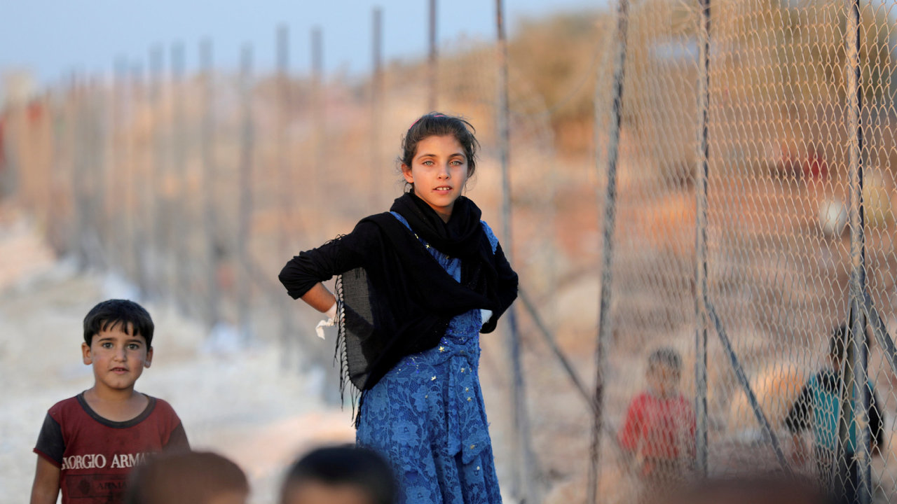 Syrské děti v uprchlickém táboře v provincii Idlib.