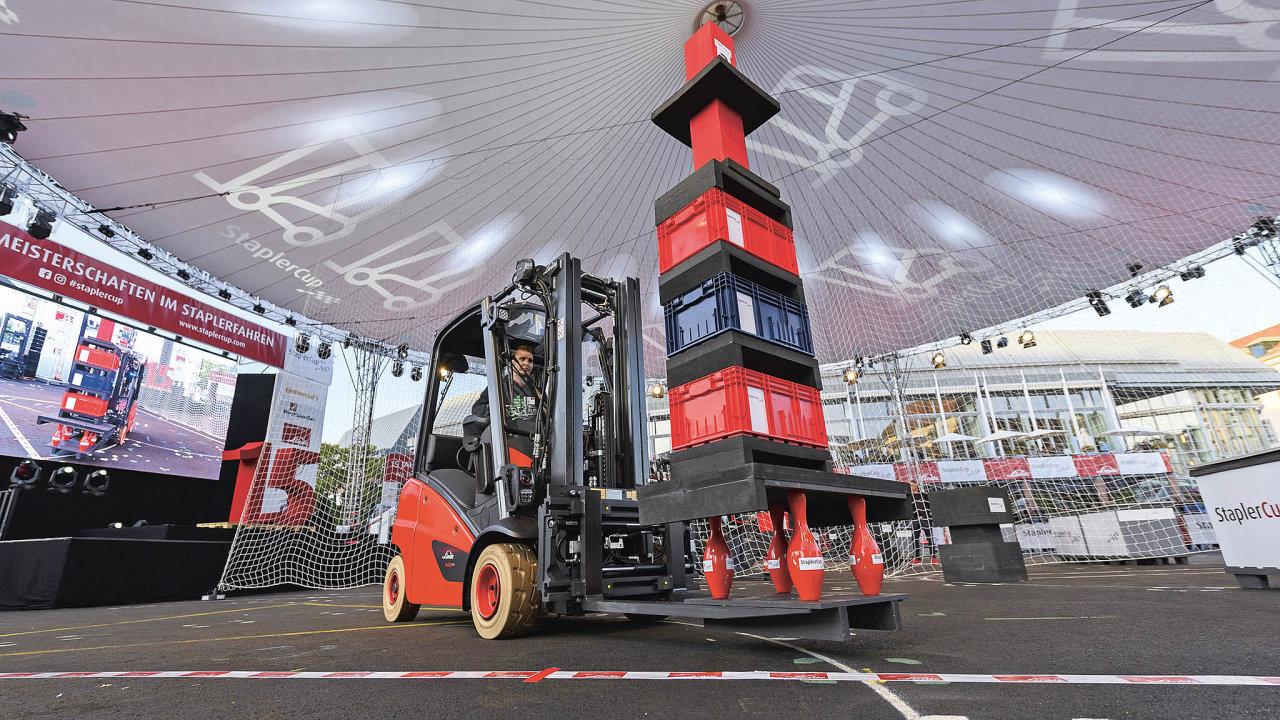 Češi si přivezli zmistrovství řidičů vozíků stříbro abronz