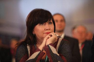 Očekávání třicetimiliardového schodku oznámila ministryně financí Alena Schillerová (zaANO).