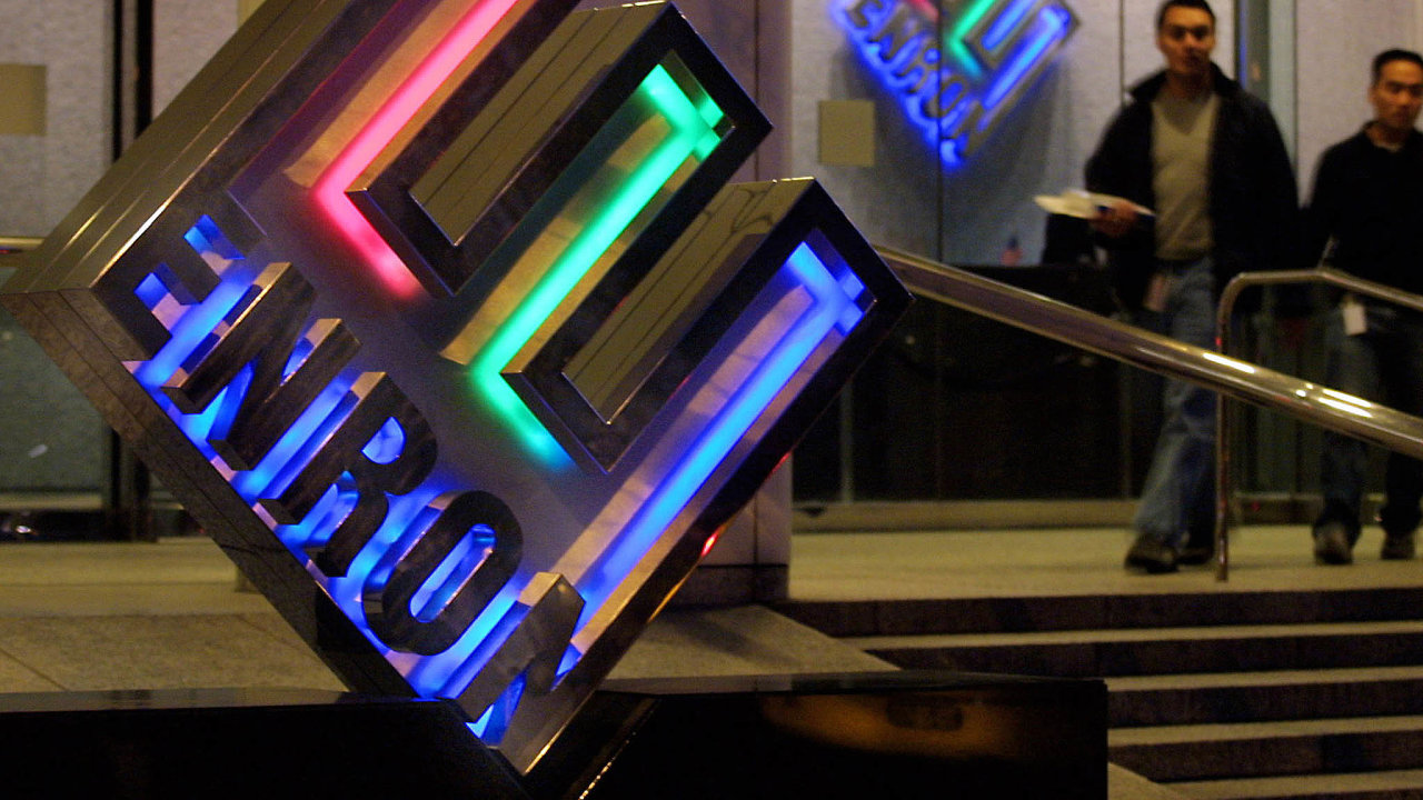 Ať to stojí cokoli. Americká společnost Enron se stala symbolem novodobých finančních podvodů vevelkém měřítku.