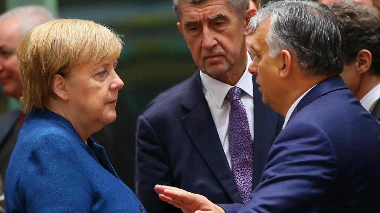 Angelo, zůstaň! Andrej Babiš imaďarský premiér Viktor Orbán chtěli, aby Merkelová zvrcholné politiky neodcházela.