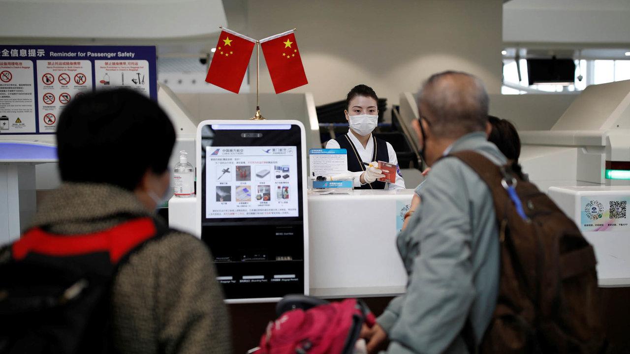 Čínský letecký trh vede. Onávratu cestujících napaluby letadel jako vČíně si zatím mohou evropské aerolinky nechat jen zdát.