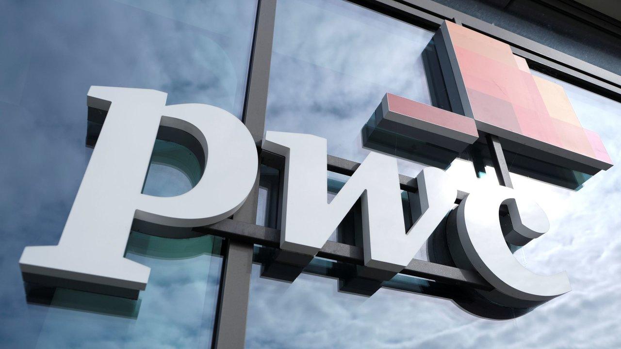 Logo poradenské společnosti PwC.