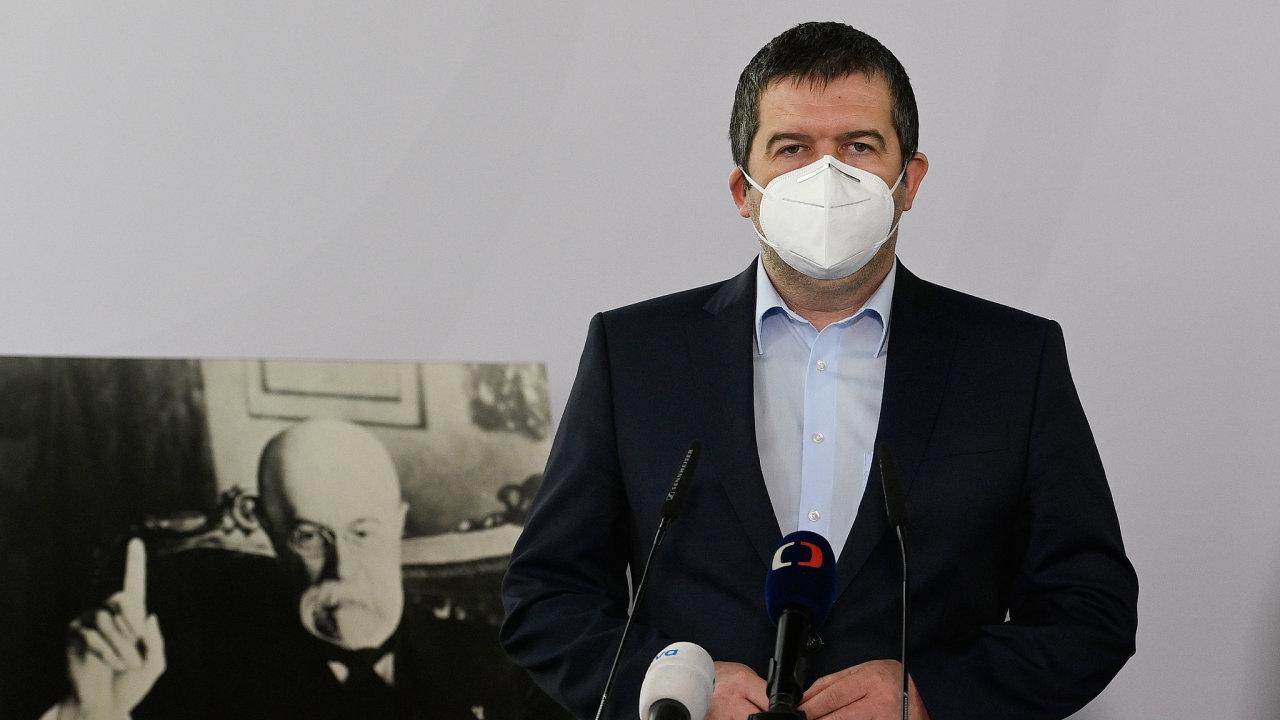 Nejtěžší chvíle v politice. Předseda ČSSD Jan Hamáček se kvůli kauze Vrbětice dostal do situace, ve které jde o budoucnost jeho politické kariéry, ČSSD i mezinárodní pověst Česka.