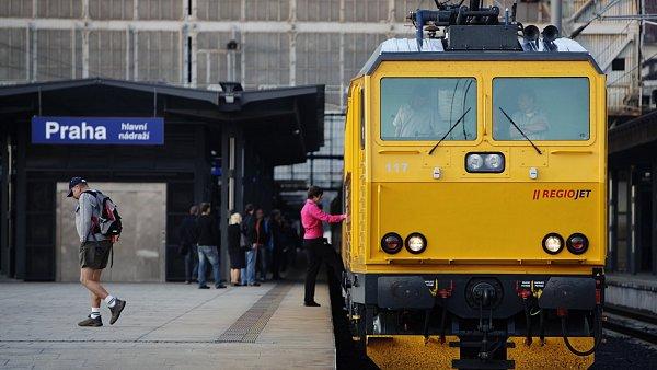 Žluté vlaky by již brzo mohly vozit cestující z Prahy do Bratislavy.