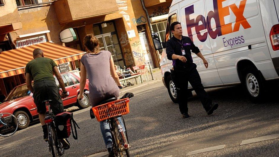 Fedex zavádí v ČR vnitrostátní doručování