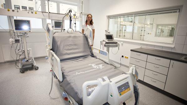 Vědci v Mezinárodním centru klinického výzkumu při Fakultní nemocnici u svaté Anny v Brně zjistili, co může způsobovat demenci.