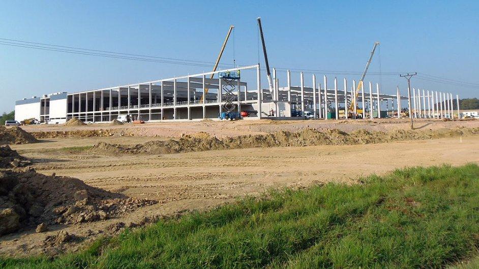 Vznikající hala pro americký Steelcase