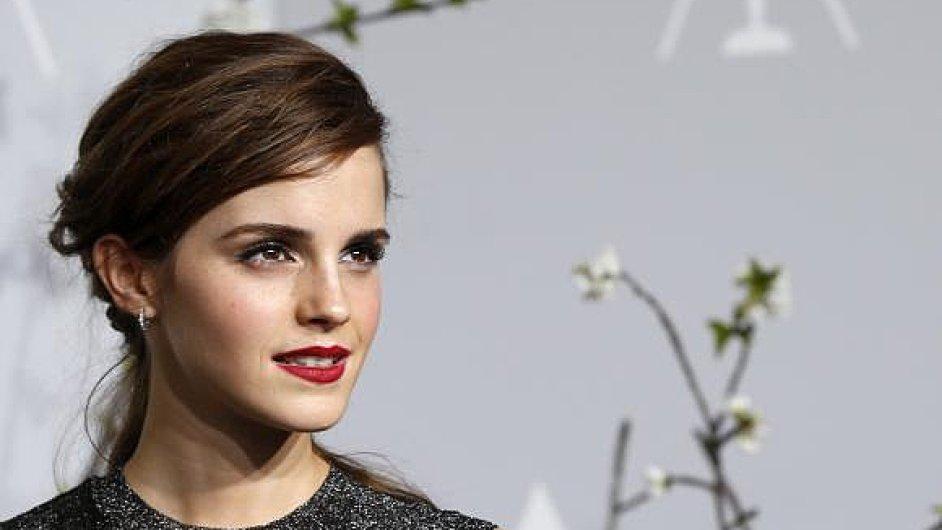 Herečka Emma Watson patří mezi nejbohatší Britky