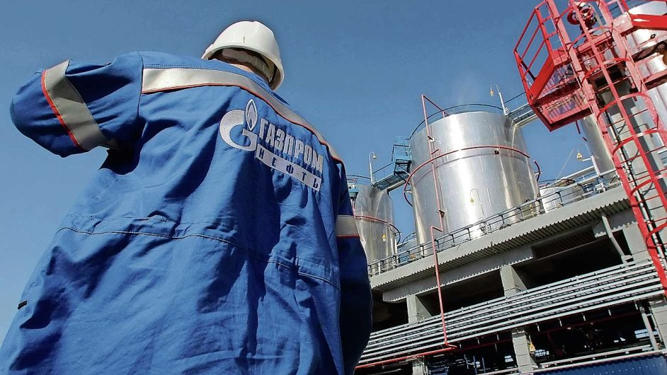 Dodávky Gazpromu do střední Evropy klesly v posledním loňském čtvrtletí meziročně o polovinu.