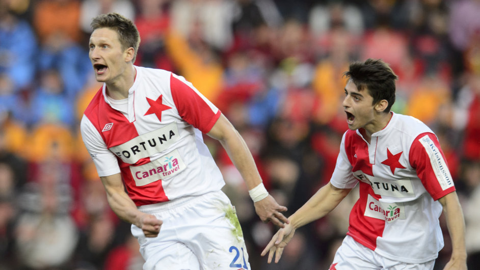 Fotbalový klub Slavia Praha koupili Číňané a miliardář Šimáně.