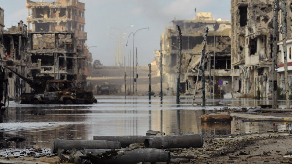Libyjským výcvikovým centrem pro policisty otřásl bombový útok. Nepřežilo ho nejméně 50 lidí - Ilustrační foto