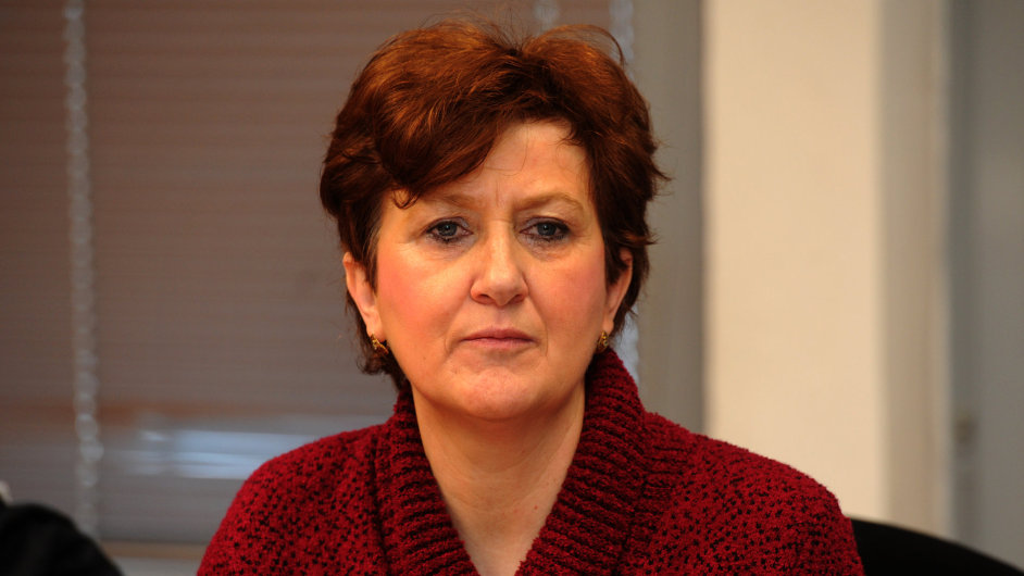 Věra Marešová u krajského soudu.