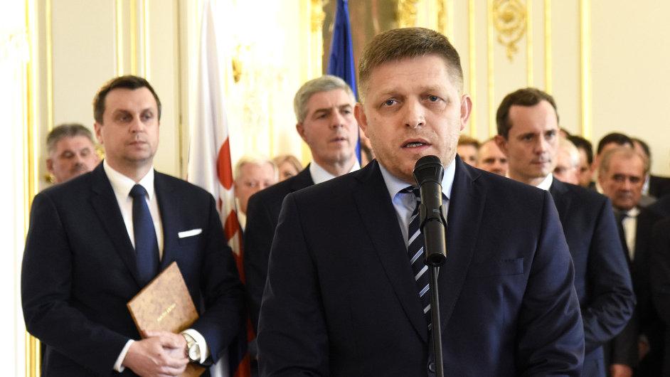 Slovenský prezident Andrej Kiska jmenoval předsedu sociálních demokratů Roberta Fica novým premiérem - Ilustrační foto.