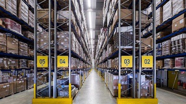 Dachser v hale společnosti OEZ investuje 26 milionů do vybavení skladu - Ilustrační foto.