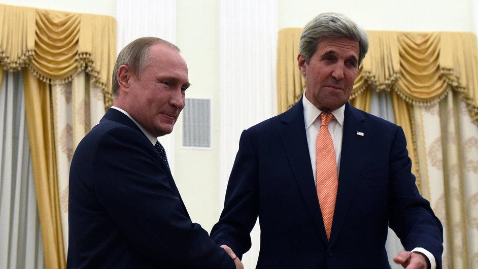 Kerry a Putin jednali o řešení syrského konfliktu a ukrajinské krizi.