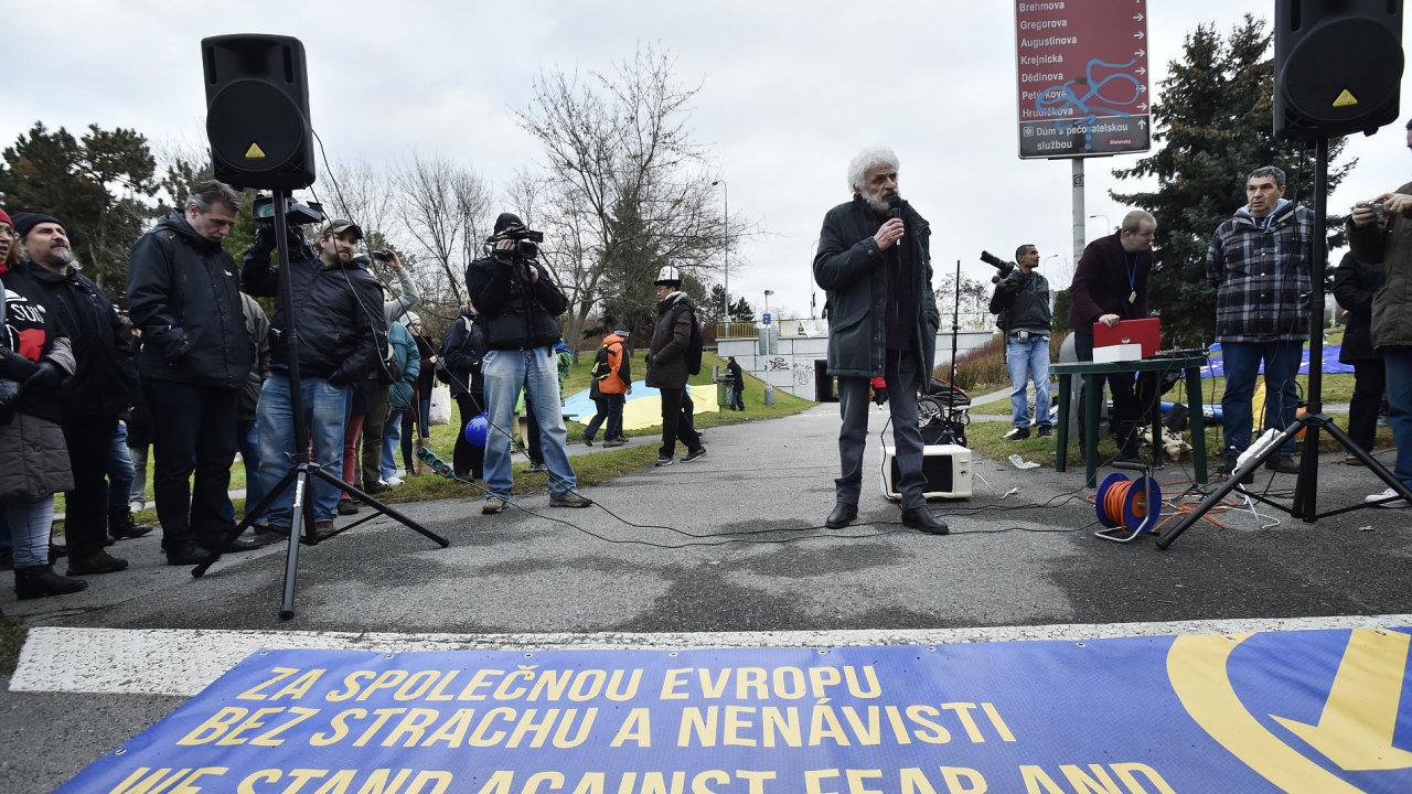 Demonstrace proti konferenci SPD.