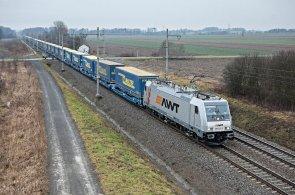 Na pravidelné lince Paskov – Herne bude AWT využívat nové multisystémové lokomotivy Bombardier Traxx.