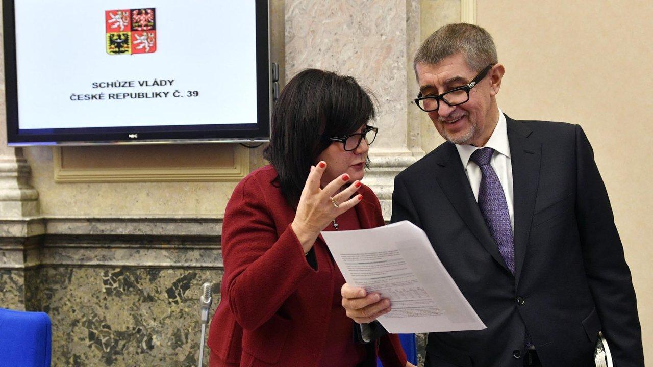 Ministryně financí Alena Schillerová a premiér Andrej Babiš.