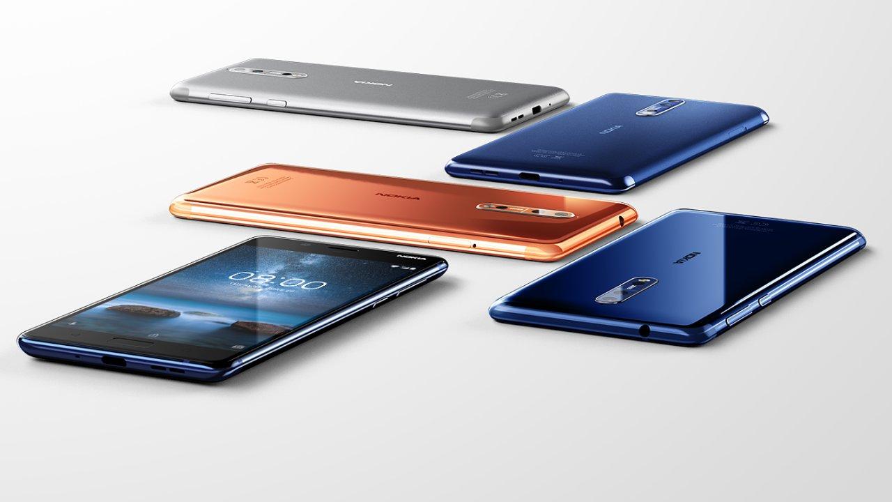 Nokia 8 mířila vysoko, dolů ji táhne fotoaparát