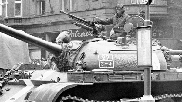 Esej Michala Horáčka: Roku 1968 se dály podivné věci a lidé v Československu se chovali tak, že je nikdo nepoznával