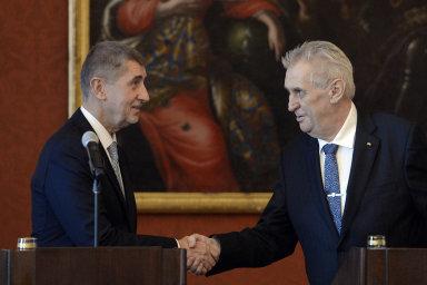 Na pondělním jednání na Pražském hradě spolu o budoucnosti ministrů nemluvili.
