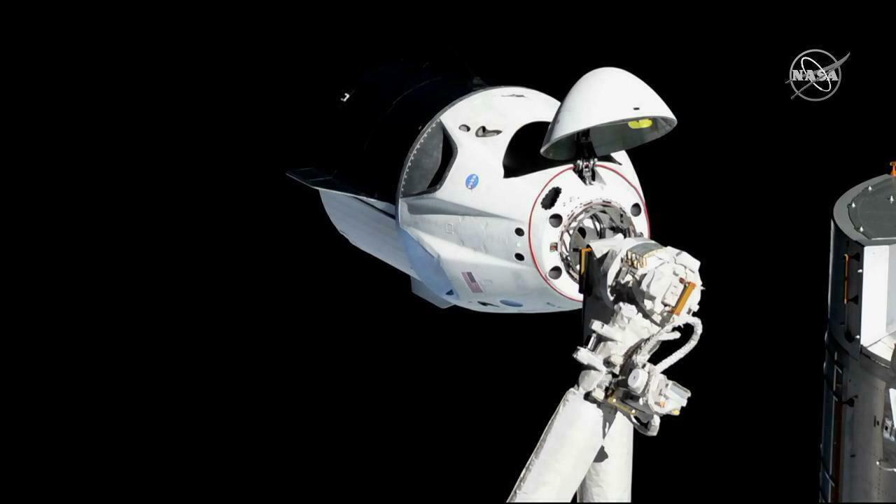 Crew Dragon společnosti SpaceX už za sebou měla jeden úspěšný testovací let na Mezinárodní vesmírnou stanici (ISS) i s návratem na zem.